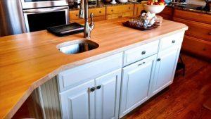 25 Maple Island Kitchen Top