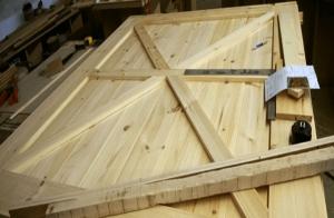 26 Millwork Large Pine Interior Sliding Barn Door1 Body